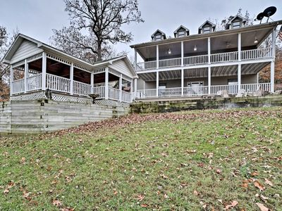 NEW! Huge 5BR Beaver Lake House w/ Private Dock!