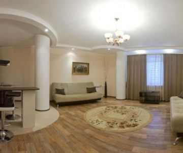 Spacious and Renovated One bedroom Apartment