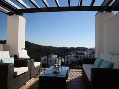 Benahavis apartment rental - Lounge terrace