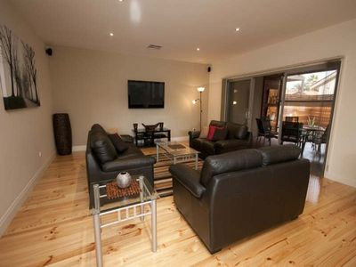 Oaklands Park house rental