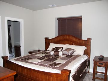 4th bedrrom with king bed and private full bath.