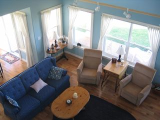 Augustine Cove cottage photo - Great room with great view!
