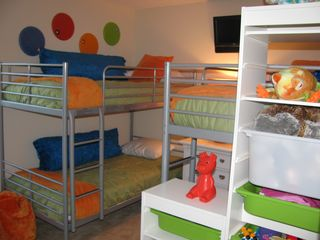 Emerald Island house photo - Bright and Fun Childrens Room 2 Bunk Beds Sleeps 4 Lots of Toys for Kids