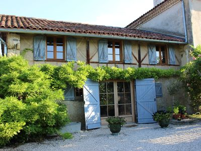 Beautiful Converted Barn With Magnificent Gardens and use of 13m Pool