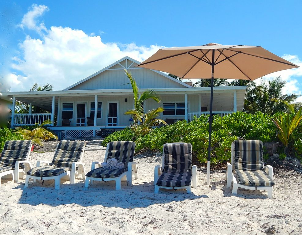 Great Exuma Holiday House: Best location-Tar Bay! KAYAKS included,