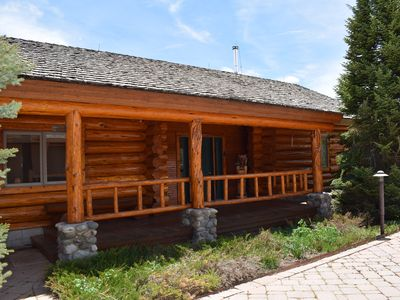cabin near resort saddle rental alpine hotels cabins wy accommodations wyoming jackson flying winter rentals