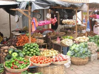 Bahia Gigante villa photo - One of the many markets of locally grown produce