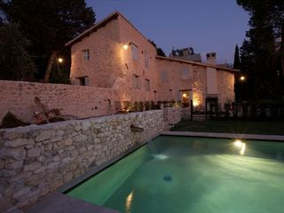Monteleone di Spoleto villa photo - The pool and the Villa by night