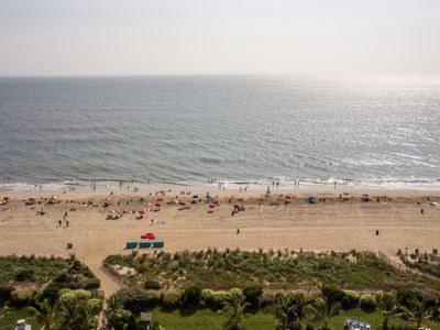 Oceanfront -  In & Outdoor pools - GREAT RATES - NO CLEANING OR PARKING  FEES