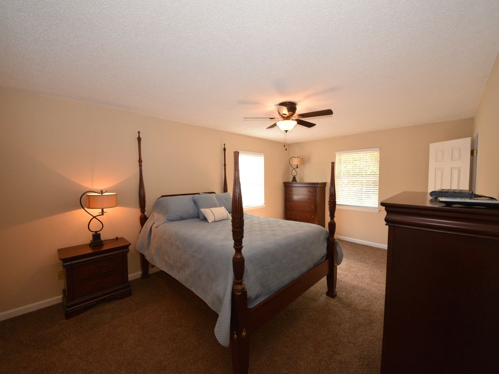 furnished apartment in the heart of cleveland tn 1 block from i - 1 Bedroom Apartments In Tn