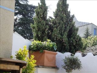 Vaison-la-Romaine townhome photo - terrace over rooftops