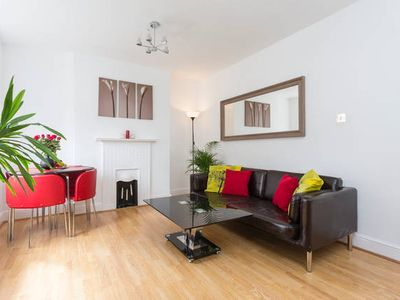*~Modern 2Bed Apt in heart London~*