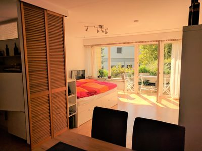 Sunny apartment with large south-facing balcony