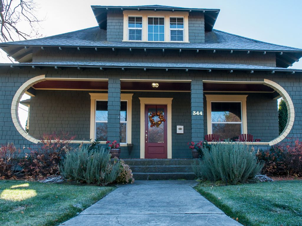 ome to the raftsman House in Walla Walla - VBO - ^