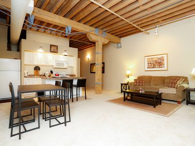 Beautifully Furnished Lofts In Old Town Lincoln Park- Incredible Neighborhood !!