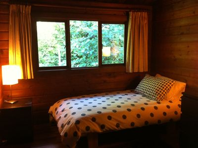bedroom with forest view (two single beds)