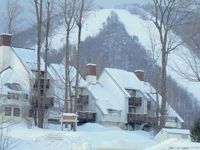 Killington condo rental - Sunrise ski on ski off to Bear mountain at Killington