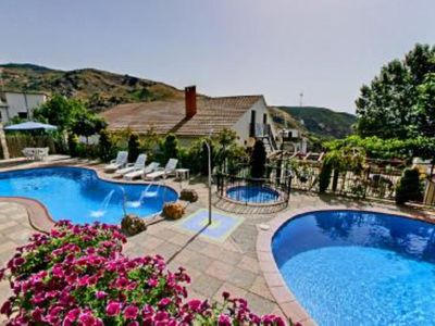HOUSE/VILLA IN THE HEAT OF MOUNTAIN RANGE OF GRANADA/ALPUJARRA WITH SWIMMING POOL And CHIMNEY.