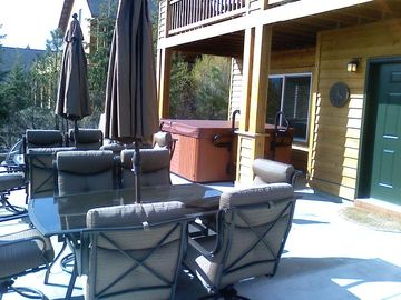 Private HOT TUB Patio (Cabin Rental By Owner Suncadia Roslyn Ridge Cle Elum Area