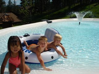 Somers house photo - Wading pool is great for kids of all ages. Even adults!