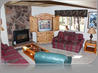 Gardner Mountain house photo - Family Room with Fireplace, Large TV with Cable. WiFi is free and High Speed!