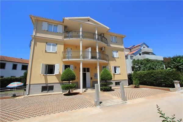 Holiday apartment 407246