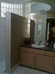 Palm Springs house photo - Master Bath features custom sky-lit Tower Shower and dual sinks