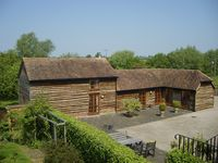 THE OLD STABLES, family friendly in North Piddle, Ref 4063