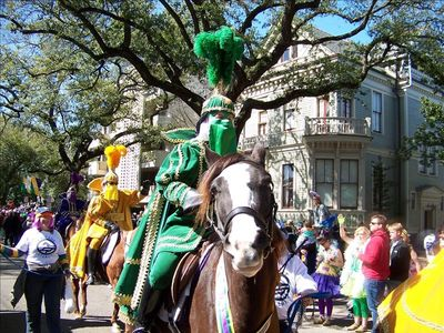 Mardi Gras Parades only 5 blocks away!