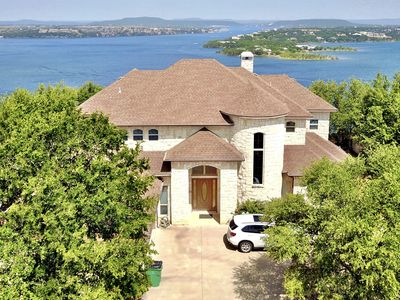 Stunning Lake Views from Beautiful Home on the Cliff at Possum Kingdom