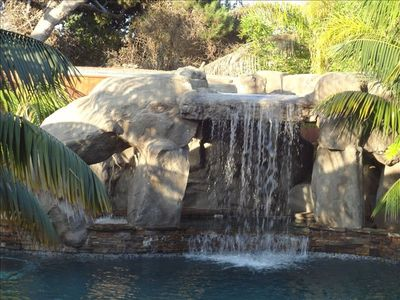 Awesome Pool With Grotto Large Jacuzzi inside