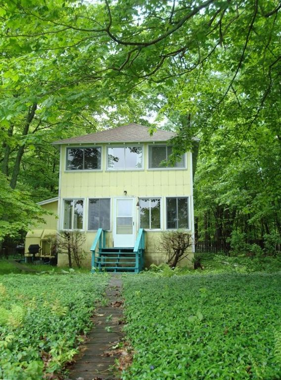 Glen Arbor cottage rental - Big Cottage