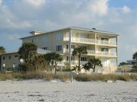 NEW Beachfront Luxury--Upscale complex, private & quiet, Fall dates avail!