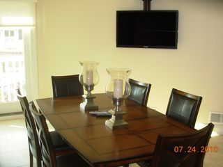 Seaside Heights townhome photo - Flat Screen LED TVs Everywhere - Even Dining Area