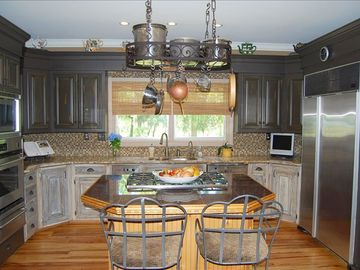 Terrific equipped gourmet kitchen for the great cook in you.