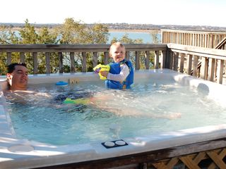 Canyon Lake house photo - Everyone enjoys the hot tub overlooking the Lake!