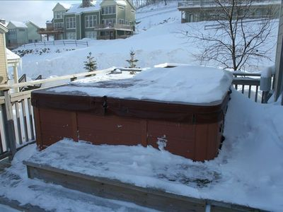 Enjoy the Hot Tub while overlooking Bear Mountain. Just brush off the snow!