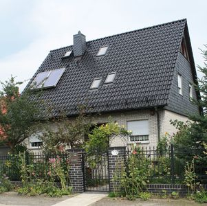 Lovely designed, well-kept 4 star FeWo quiet yet conviently situated