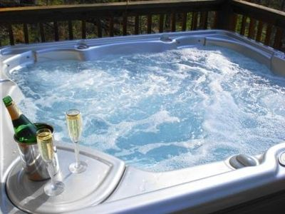 Private Luxury Hot Tub