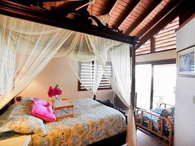 Tropical Orchid villa bedroom - Serene and comfortable surroundings