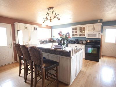 """the best stocked kitchen we've ever seen!"" (guest, Fred)"