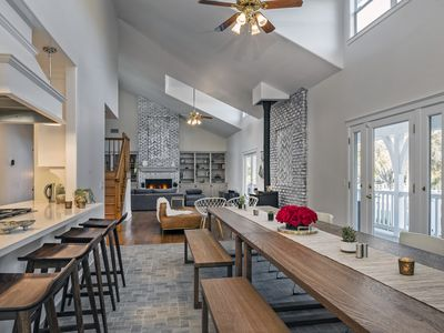 Modern Farmhouse & Country Orchard Estate with Large Yoga Studio/ Pool & Spa