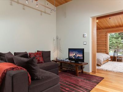 Wilson cabin rental - Second Living Room Between the two bedrooms