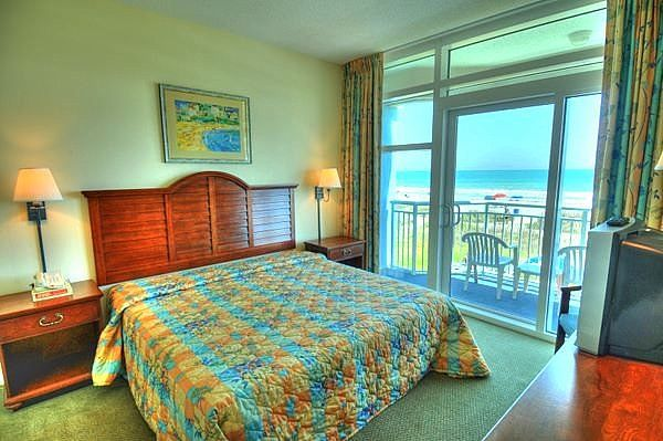 2 Bedroom Direct Oceanfront End Unit In Myrtle Beach 2 BR