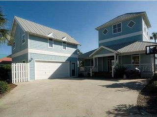 Crystal Shores house photo - Main house PLUS separate Carriage House. Plenty of parking and basketball hoop!