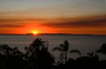 Laguna Beach apartment rental - See this beautiful sunset from every room