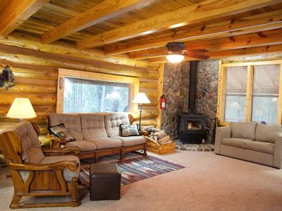 Deadwood cabin rental - 'Great room, rock wall, wood burning furnace