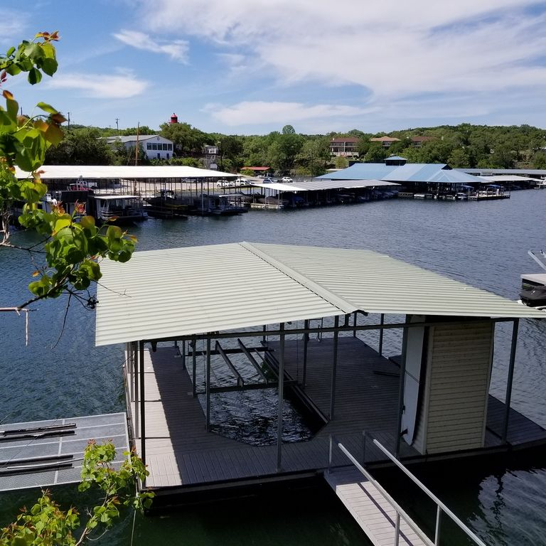 4 BR Waterfront Home with covered boat dock & slip