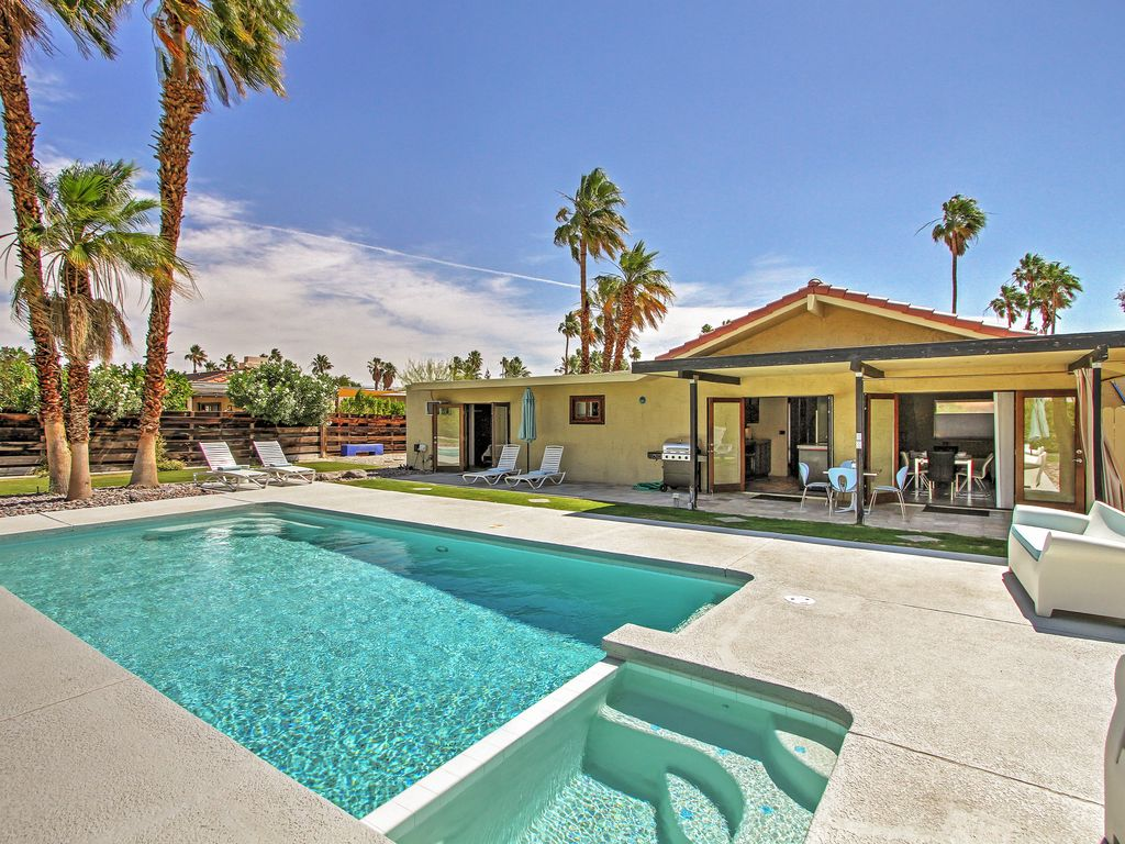 New listing modern 3br palm springs home vrbo for New modern homes palm springs