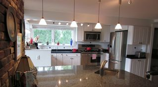 New Seabury house photo - Kitchen with island seating